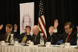 Miembros de la Junta de Control Fiscal. (Ricardo Alcaraz/ Diálogo)
