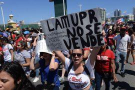 Marcha en contra de la JCF. (Ricardo Alcaraz/ Diálogo)