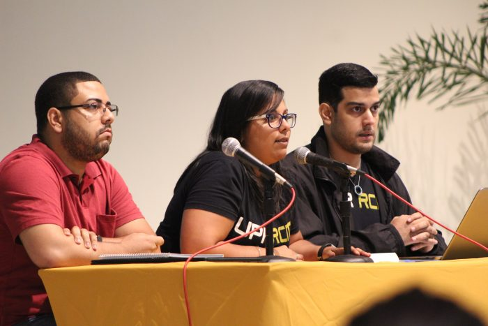 En el centro, la presidenta del CGE del RCM, Marysel Pagán Santana. (Luis M. De Jesús/Diálogo)