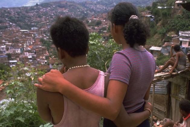 Jóvenes en Colombia son víctimas de explotación sexual. Crédito: UNICEF/Donna DeCesare.