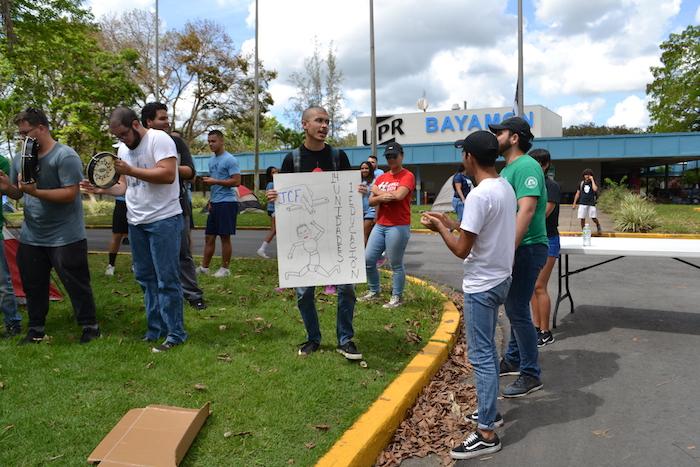 Huelga en UPR Bayamón. (Andrea Santiago/ Diálogo)