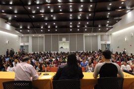Celebración de la asamblea extraordinaria de estudiantes del RCM, el pasado viernes, 7 de abril. (Enrique Fortuño / Diálogo)