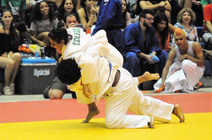 Las Juanas del Colegio son las nuevas campeonas del judo LAI. (L. Minguela LAI)