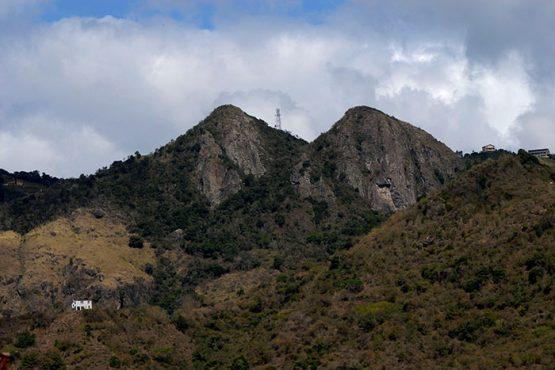 Las Piedras del Collado, entre Cayey y Salinas, designada como reserva natural en el 2000. (Ricardo Alcaraz / Diálogo)
