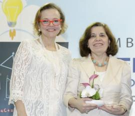 Ms. Gretchen B. Guzmán & Dr. Emma Fernandez-Repollet. (Suministrada)