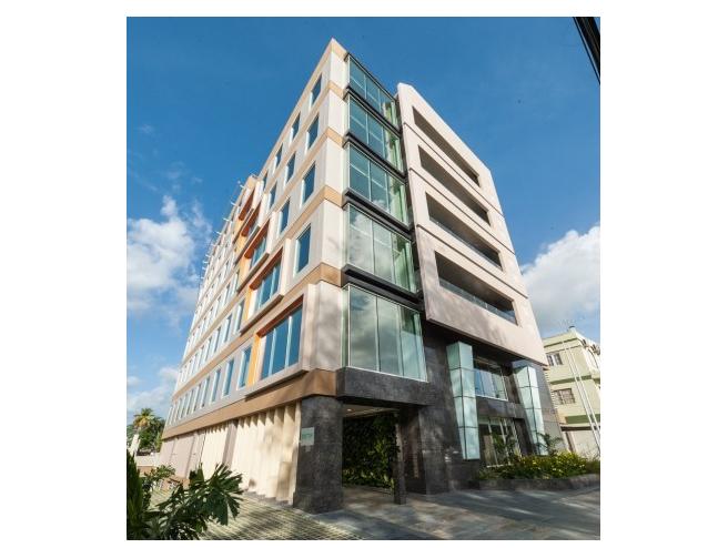 Este edificio comercial, conocido como Savannah East y propiedad de RGM Limited, es considerado el primero certificado por el sistema de certificación de edificios sostenibles LEED en Trinidad y Tobago. Crédito: RGM Limited