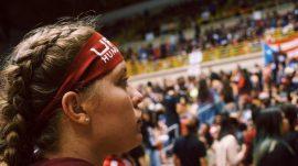Joven de la UPR en Humacao participa de la Asamblea Nacional de Estudiantes. (@buhosnelucha / Facebook