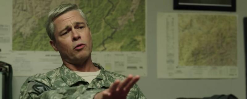 Brad Pitt en War Machine (Screenshot Netflix)