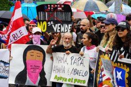 Familia de manifestantes en el Paro Nacional Manifestantes en el Paro Nacional (Pablo Pantoja Kunasek)