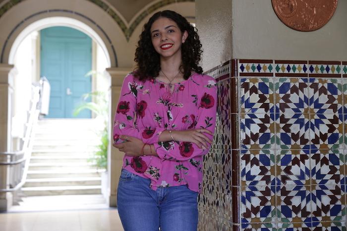 Estudiante Rocio del Mar Aviles ira a Chica a representar a PR en competencia de investigacion cientifica – UPR RP