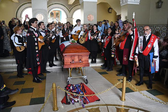 Funeral Pico
