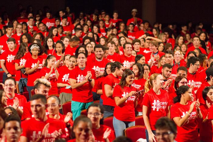 Foto 1 Estudiantes nuevo ingreso del Recinto de Rio Piedras de la UPR