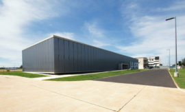 Las instalaciones del IAAPR, en el Aeropuerto Internacional Rafael Hernández de Aguadilla, aún no cuentan con servicio eléctrico. (Suministrada)