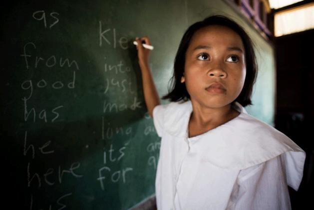 Niños de paz, historias y sueños de niños desplazados por conflictos, de Krizia Kaye Viray. Crédito: Julie Christine Batula/OIM.
