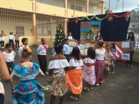Actividad de Navidad de niños.