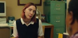 """Christine """"Lady Bird"""" McPherson (ninguna relación con Lady Bird Johnson), una adolescente en grado duodécimo en una escuela católica."""