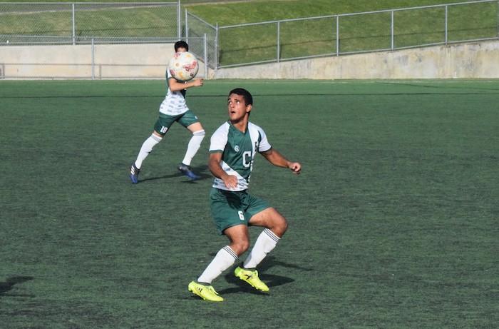 Los campeones Tarzanes del Colegio clasificaron a la final del futbol masculino. (Z. Acosta LAI)