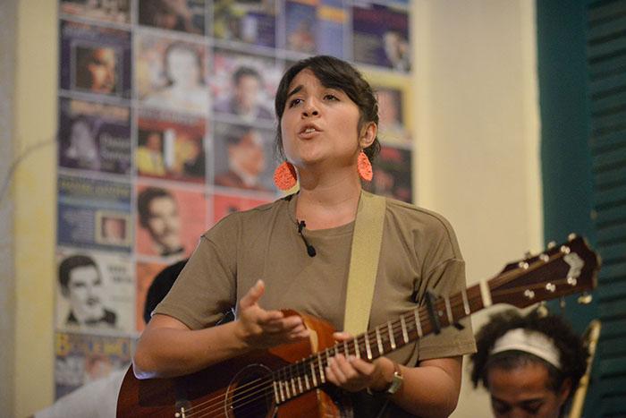 Andrea Cruz Sofar Sounds