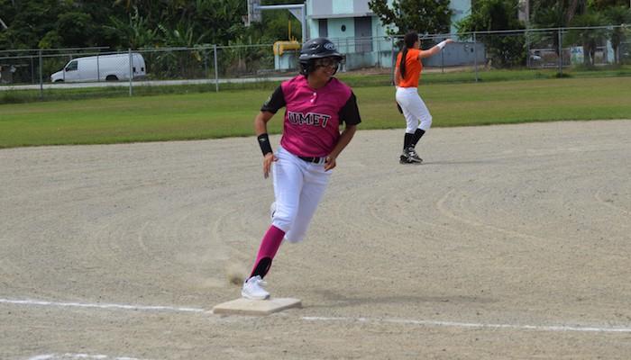 Las Cocodrilas de la UMET se enfrentan a las Tigresas de la Interamericana este jueves (Z. Acosta)