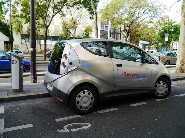carro electrico visual hunt