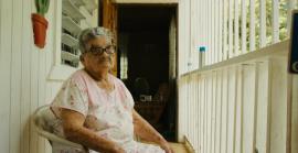 Ana Delia Medina Ramos, con quien reside en el barrio Las Palmas.