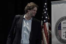 Tyler Duvall asesor de McKinsey foto CPI