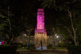 Torre-UPR-iluminada-por-la-jornada-en-contra-de-la-violencia-nov-2020