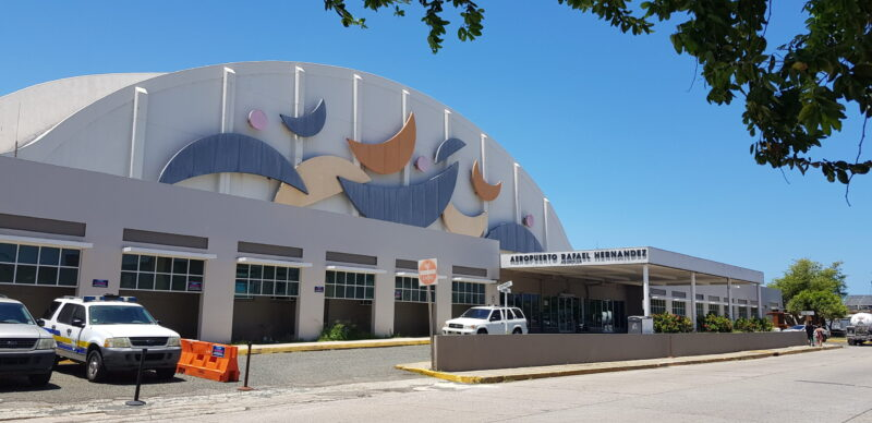Aeropuerto-Rafael-Hernandez-terminal-1