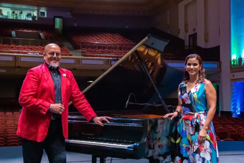 foto-pianista-Pedro-Juan-Jimenez-y-soprano-Zulimar-Lopez-en-MORGEN-15-de-abril-7pm-Facebook-Teatro-UPR-2-2