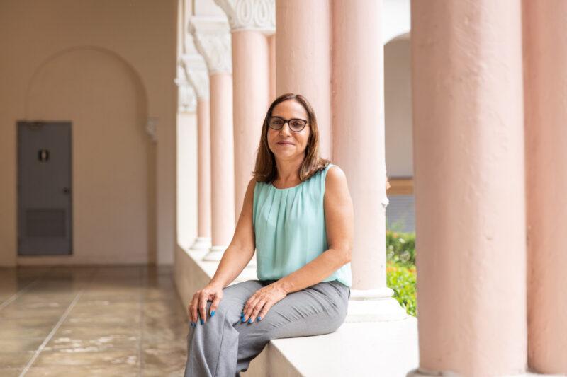 Aida-Irizarry-directora-Archivo-Universitario-UPR-Rio-Piedras-1